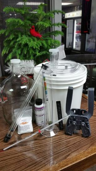 2 gallon Fermenting Bucket with Lid, Clear One Gallon Glass Jug, Econolock, Lab Thermometer, Siphon Hose with Shut-off Clamp, Easy Clean No-Rinse Cleanser, star-Star, Test Jar, Bottle Brush, Mini Auto-Siphon, Beer Bottle Brush, Hydrometer, Liquid Crystal Thermometer, Double Lever Capper and Bottle Filler.