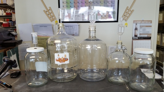 1 gallon glass jars for fermenting beer, wine, kombucha, foods, and whatever else you can some up with